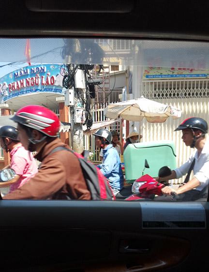 Pham Ngu Lao: Backpacker street in Ho C